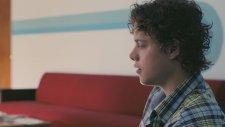 The Boy Who Smells Like Fish (2013) Fragman