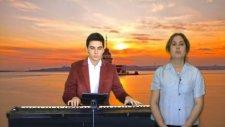 ALTIN TASTA GÜL KURUTTUM Türkücü: ECE Piyano Yorumu AMAN ALİ'M Piyanist Yorumları Yorum Ezgisi Sanat