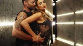 Jennifer Lopez - Adrenalina
