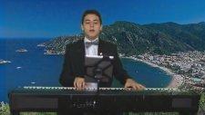 Muhabbet Bağına Girdim Bu Gece Ararım Sorarım Seni Her Yerde Piyano Yetenek,piyanist Çoçuk,kü