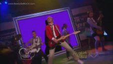 Austin Moon (Ross Lynch)