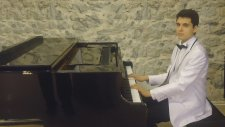 Genç Piyanist İle Türk Sanat Müziği Dudaklarında Arzu Kollarında Yalnız Ben Zeki Müren Çeşitli Sanat