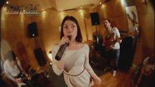 Anna Khokhlova   Party Rock Band - We Found Love Turkish Sub