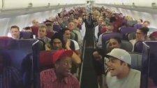 Havadaki Uçakta Görülmemiş Olay!