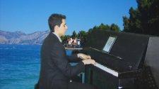 Akustik Piyano Yorumları MUHABBET BAĞINA GİRDİM Bu Gece Ararım Sorarım Seni Her hikayesi Yerde Karao