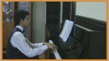 Piyano Karoke ÇABUK OLALIM AŞKIM Küçük Piyanist Süper Slow Romantik Duygusal Aşk Usta Master Sınıfı
