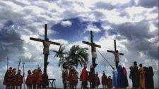 Hristiyan İlahi - Kim Sever Beni Senin Gibi