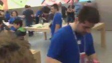 İstanbul Apple Store Açıldı!