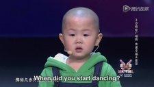 3 Yaşında Muhteşem Dans Eden Çocuk