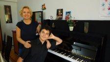 Tuti-İ Mucize, Piyanolar, Yetenek, Piyanist, Çocuk Yetenekler,  Küçük Pıyano Piyanosu Zeki Müren Itr