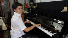 Bilgisayar Oyunları Müziği Piyano Mario Oyunları Televizyon Çocuk Klavye Oyna Süper Maryo Piyanist
