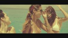 Simple Plan - Summer Paradise (Feat. Sean Paul)