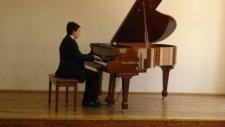 Bak Yeşil Yeşil Enstrumantal Polifonik Piyano Şarkısı Kapat Gözlerini Polifoni Poli Foni Polifonisi