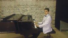 Klasik Türk Sanat Musikisi Olmaz İlaç Sine-İ Sad Pareme Piyano Piyanist Neo Klasikler Güfte Musiki