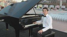 Ağlama Değmez Hayat Piyano Resital Yeşilçam Film Sinema Genç Piyanist Şarkıları Karaoke Rüya Gibi Hd