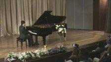 Klasik Müzik Konseri Chopın Mazurka Piyano Resitali Ünlü Romantik Dönem Küçük Çocuk Piyanist Minik