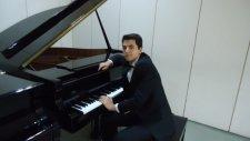 Piyano Solo Elif Dedim Be Dedim Çocuk Piyanist İle Kütahya Türküsü Küçük Mini Minik Ufak Müzisyen Ye