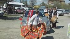Gelin Arabasının Düğün Salonuna Gelişi