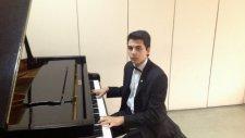 Ali Almış Sancağını Eline Piyano Senfonisi Cem Evi İlahi Muhammed Sunni Şafi Alevi Mezhep Şah Hz Ali