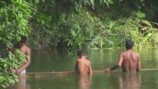 Bangladeşli Balıkçılardan İnsanlık Dersi