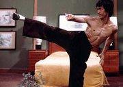 Bruce Lee Efsanesinin Görülmemiş Hareketleri