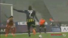 Beşiktaş - Fenerbahçe 1-1 Gol Moussa Sow  20 Nisan 2014