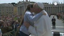 Papa Da Selfie Modasına Uydu