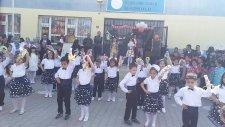 Geraldine Saran İlkokulu 1-A Tarantella Dansı