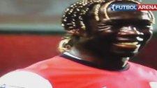 Bacary Sagna'dan Sabri pası ve Arsene Wenger'in tepkisi!