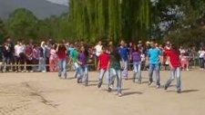 23 Nisan Gösterisi 6/a Danza Kuduro Düzce Gölormanı Ortaokulu