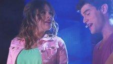 Violetta 2: Diego e Vilu cantano Yo soy asi