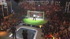 Beyaz Show - Roberto Carlos Penaltı Atışı - 02.11.2013