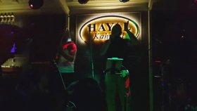 Necati Ve Saykolar & Hayko Cepkin - Yeni Bir Gün ( İzmir Hayal Kahvesi )
