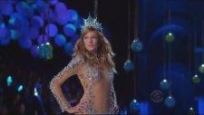 Maroon 5 - Moves Like Jagger [victoria's Secret Fashion Show]
