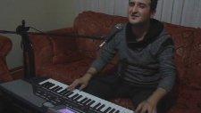 Piyanist Yavuzhan - Bir Ayrılık Şarkısı Seç