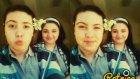 Selfienin İçine Eden Kız