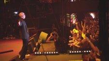 Pitbull - Shut It Down (Vevo Lıve! Carnival 2012: Salvador, Brazil)