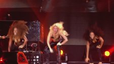 Shakira - Loca ( Live From Paris )