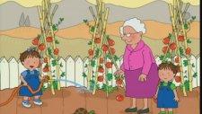 Üçüzler - Büyük Anne'nin Bahçesinde