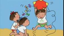 Üçüzler - Çocuklar Uçurtma Uçuruyor