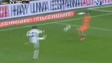 Cristiano Ronaldo's İncredible Backheel Goal Against Valencia