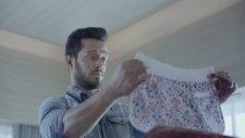Colin's Reklamı 2014   #bizeuyar (Murat Boz - Elmira Abdrazakova)