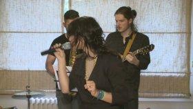 Aylin | The Lucky Charms - Mecnunum Leyla'mı Gördüm (Canlı Performans)