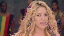 Shakira -  Waka Waka (Esto Es Africa) (Cancion Oficial De La Copa Mundial De La Fıfa Sudafrica 2010)