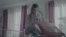 Murat Boz Colins Reklam Videosu