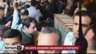 Başbakan Erdoğan Market'e Sığındı (Soma Belediyesi Çıkışında Başbakan'a Protesto)