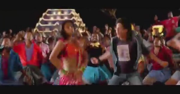 Get on the dance floor chennai express full video song for 1233 get on the dance floor