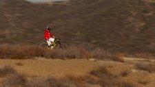 Helikopterle Çekilen Bisiklet Macerası