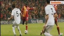 Galatasaray, Eboue'yi Gönderiyor