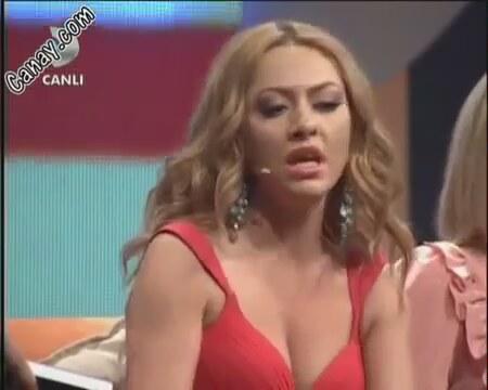 Ah güzel kadın dilbey ay pornosu  Sürpriz Porno Hd Türk
